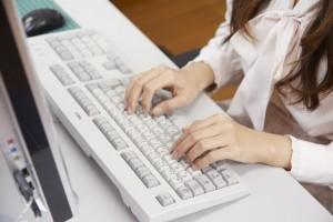 ブログ用 女性 キーボード